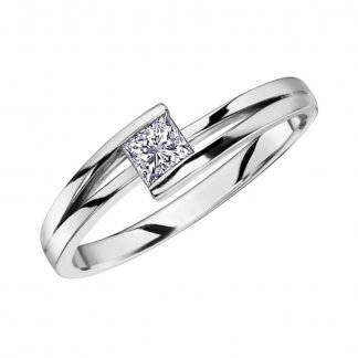 9ct White Gold 0.23ct Princess Cut Diamond Cross Over Ring