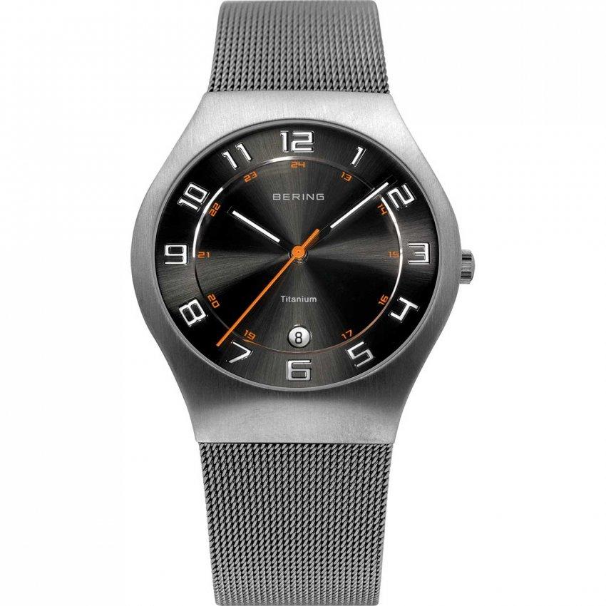 Bering Men's Titanium Mesh Bracelet Black Dial Watch 11937-007