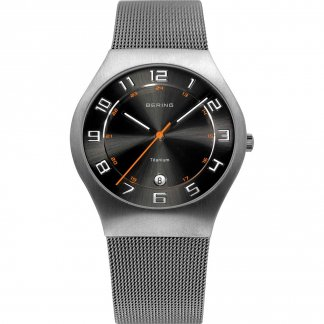 Men's Titanium Mesh Bracelet Black Dial Watch