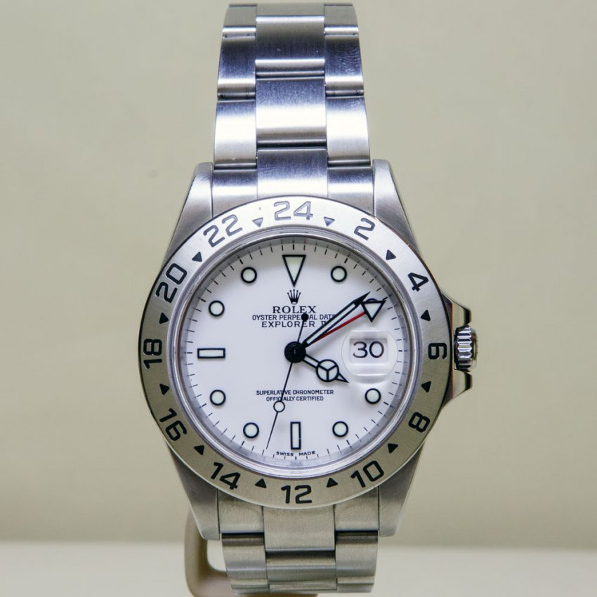 Pre-Owned Rolex Gent's Explorer II Oyster Perpetual Date 16570 (2004) 4018505