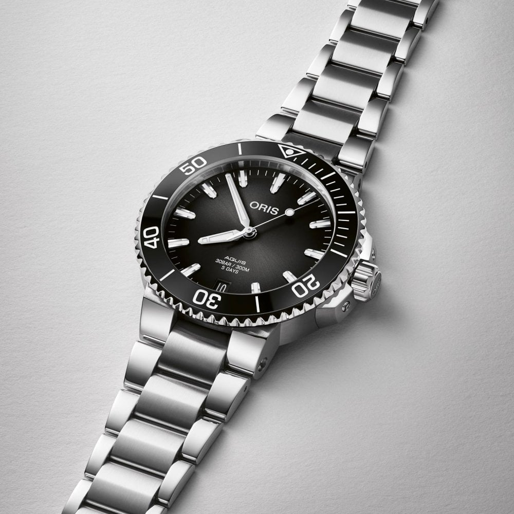 ORIS Aquis Date 5-Day Calibre 400 Automatic Watch 41.5mm | Black - Watches  from Francis & Gaye Jewellers UK