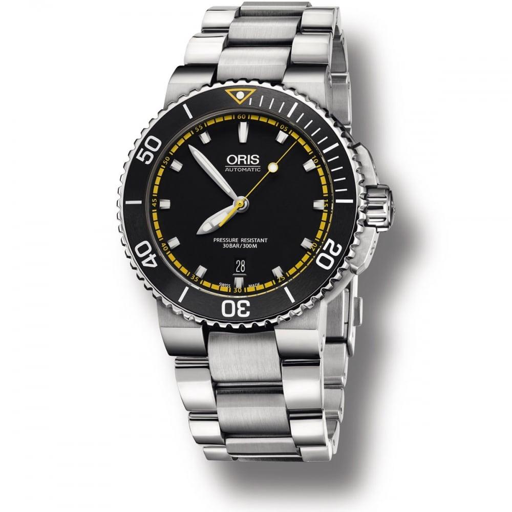 oris men s aquis date blue dial automatic divers watch watches oris men s aquis date blue dial automatic divers watch 01 733 7653 4127 07 8