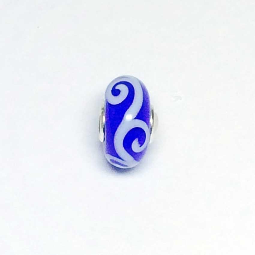 Trollbeads White Flat Ornament On Blue Background Unique Bead UNIQUE152